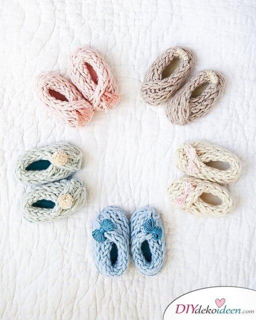 Babyschuhe stricken - DIY Strickanleitung Baby