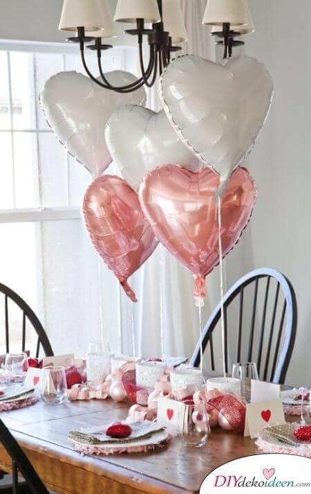 DIY Luftballon Deko mit Rosé-Farben