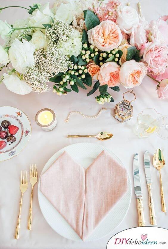 Tischdeko Ideen zum Valentinstag
