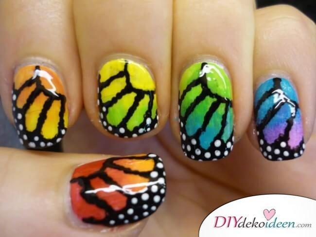 DIY Ideen für schöne Nägel zu Fasching -Schmetterling-Maniküre