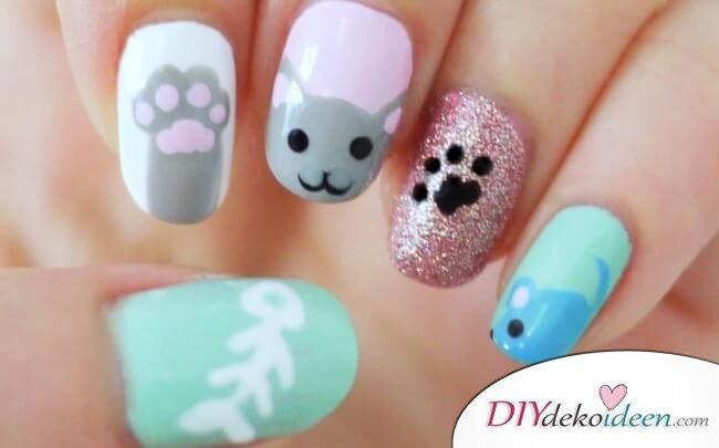 DIY Ideen für schöne Nägel zu Fasching - Katzen-Maniküre