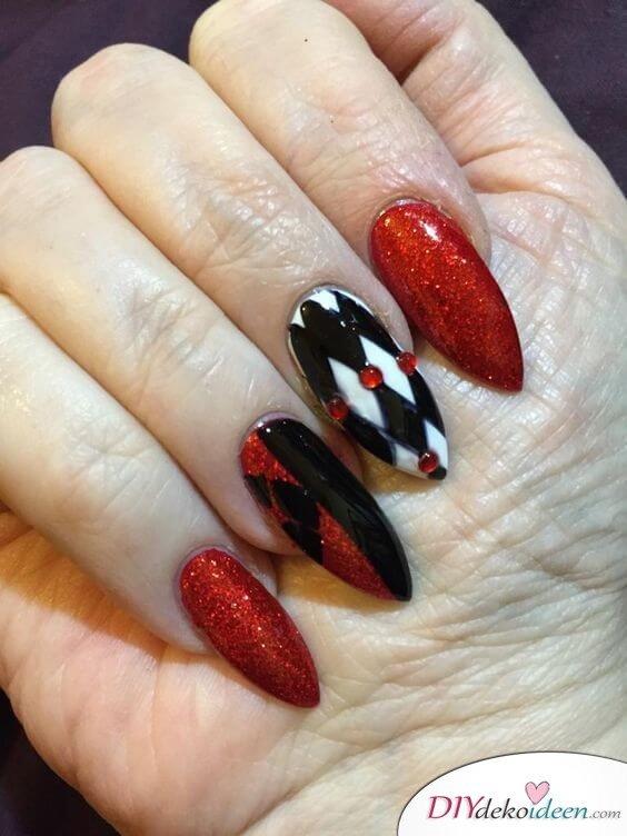 DIY Ideen für schöne Nägel zu Fasching - Harlekina-Nageldesign