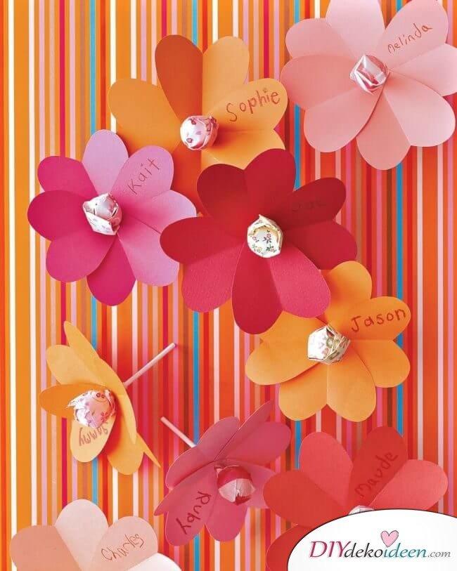 Herzchenblüten mit Lutschern - DIY Last Minute Valentinstag Bastelideen