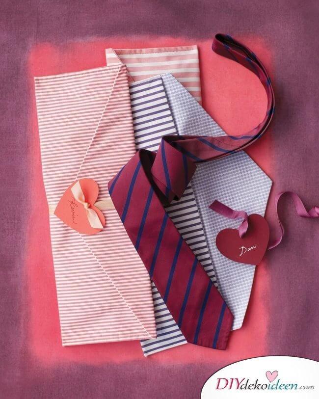 Krawatten-Couvert - DIY Geschenk zum Valentinstag