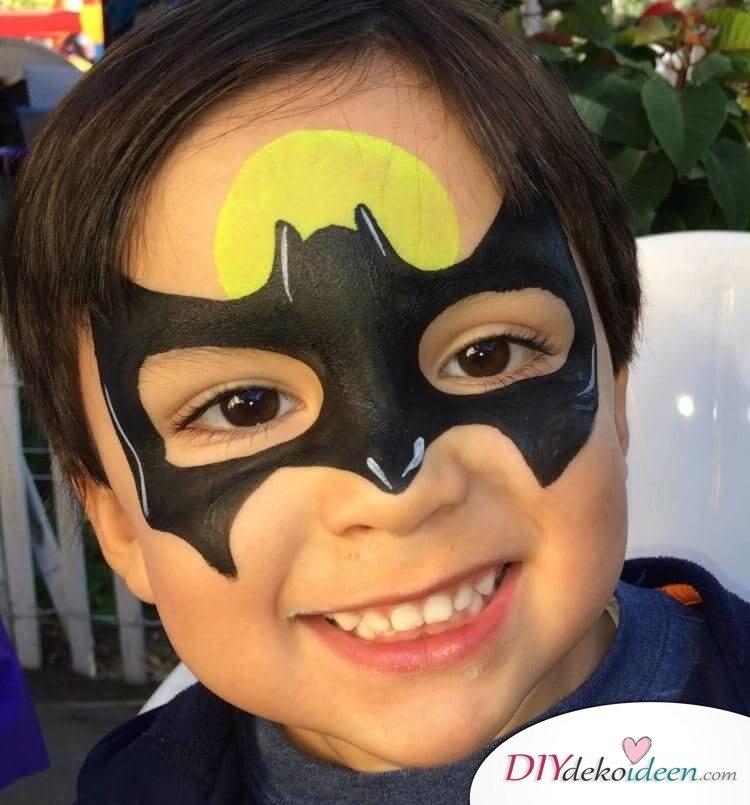 Batman - DIY Schminktipps - Ideen fürs Kinderschminken zum Karneval