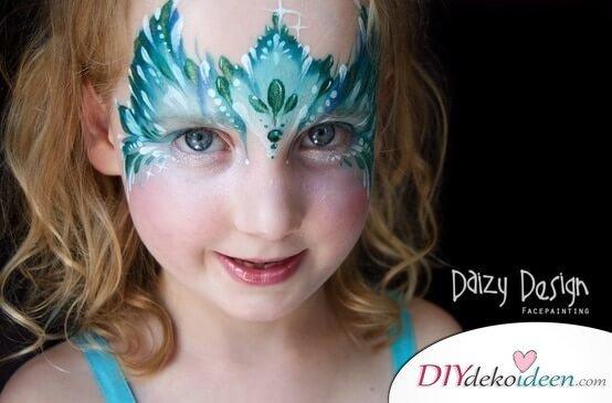 Geheimnisvolle Eiskönigin - DIY Schminktipps - Ideen fürs Kinderschminken zum Karneval