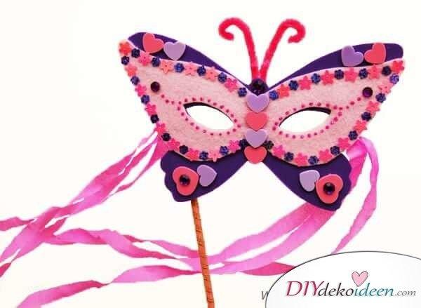 DIY Ideen für Faschingsmasken - Schmetterlingsmaske