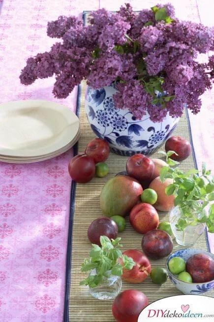 DIY Frühjahrsdeko-Ideen - Obst und Blumen Tischschmuck