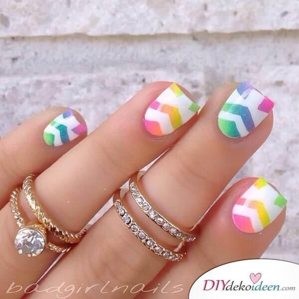 DIY Nageldesign Ideen für Frühlingsnägel - Schöne Nägel in Regenbogenfarben
