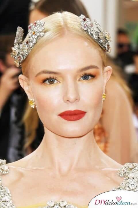 Rote Lippen soll man küssen - DIY Make-up-Trends