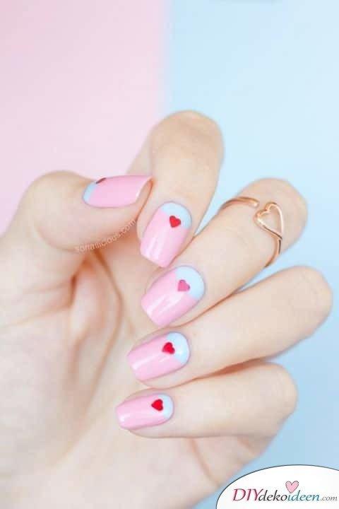Traumhafte Halbmonde - DIY Ideen für schöne Nägel zum Valentinstag