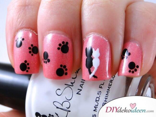 DIY Ideen für schöne Nägel zu Fasching - Katzentatzen