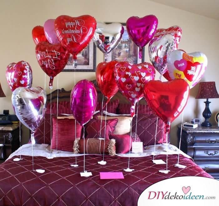 DIY Schlafzimmer Deko-Ideen zum Valentinstag: Luftballon Deko