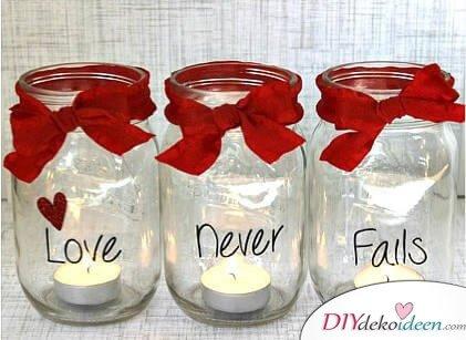 Einmachgläser-Kerzen - DIY Bastelideen für den Valentinstag
