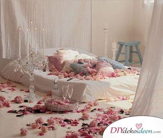 DIY Schlafzimmer Deko-Ideen zum Valentinstag: vintage Deko mit Blumen