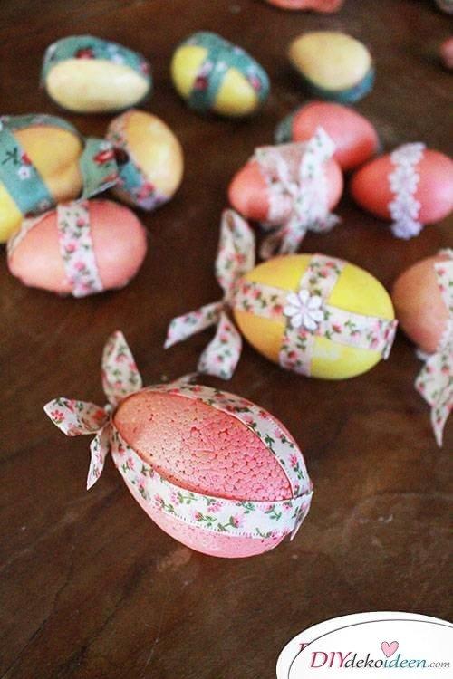 Basteln zu Ostern – Eier mit Schleifen schmücken