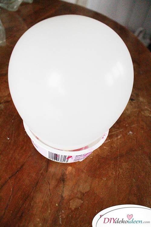 DIY Dekoidee - Luftballon als Grundform