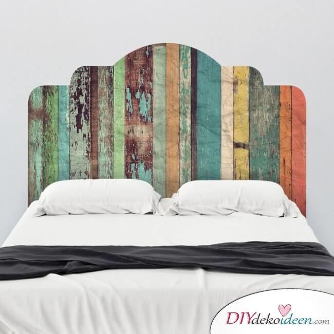 rustikales diy bett kopfteil selbst bauen aus paletten. Black Bedroom Furniture Sets. Home Design Ideas