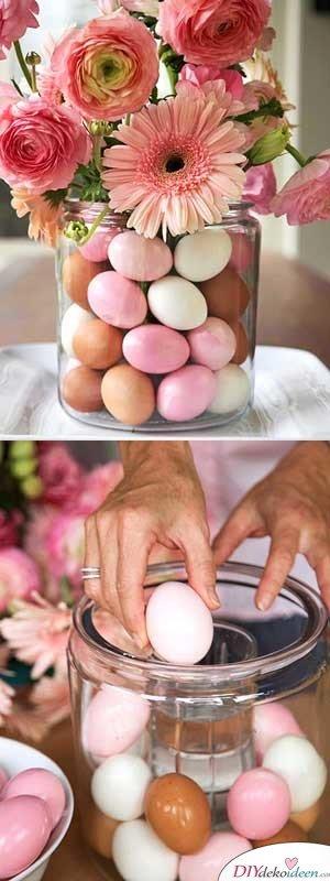 25+ DIY Deko Ideen zu Ostern, Oster-Vase selber machen mit bunten Eiern und Blumen