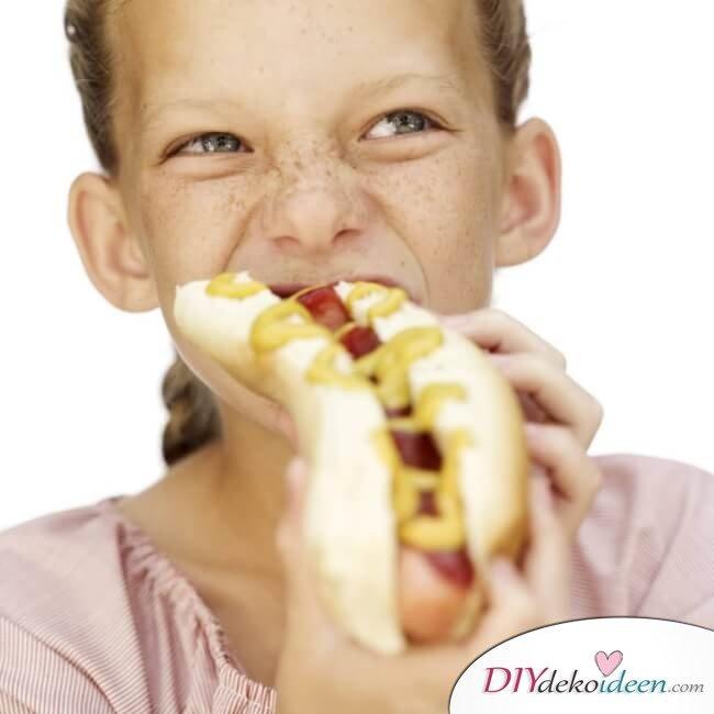 vegane Hot Dogs mit Süßkartoffel-Fries - Schmackhafte Gerichte