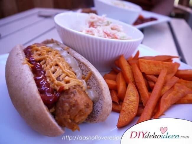 vegane Hot Dogs mit Süßkartoffel-Fries - ganz ohne Fleisch
