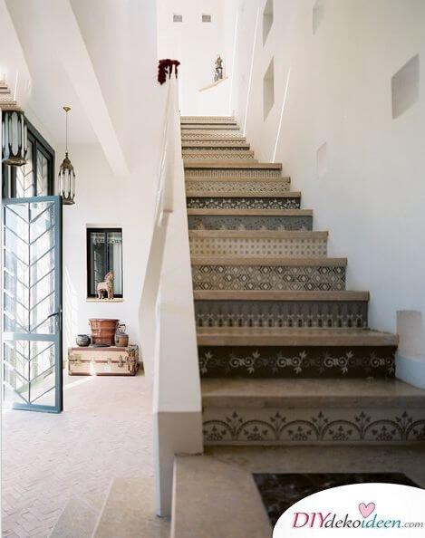 Fliesen-Deko Ideen: moderne Design Ideen, Einrichtungsideen mit marokkanischen Fliesen: Treppe und Steinoptik