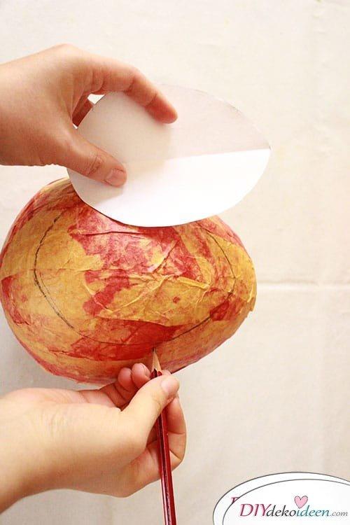 Schicke Osterdeko aus Knitterpapier