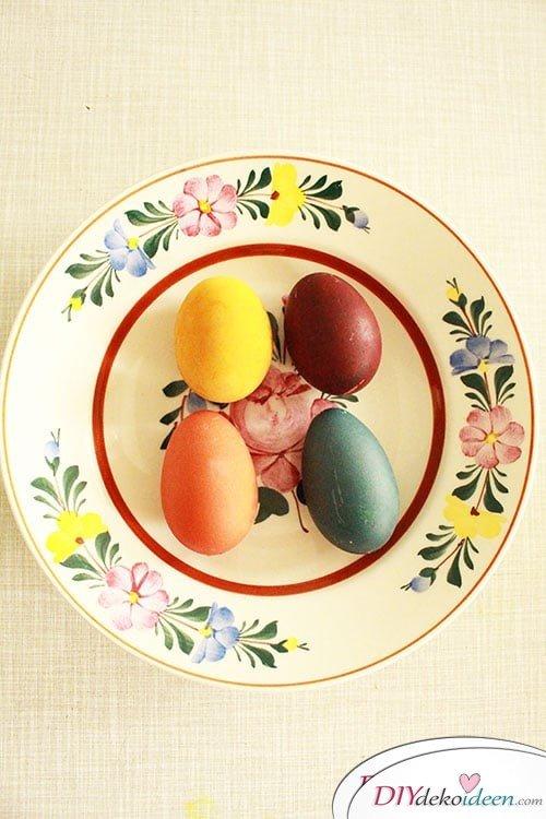 DIY Ostereier färben mit Naturfarben