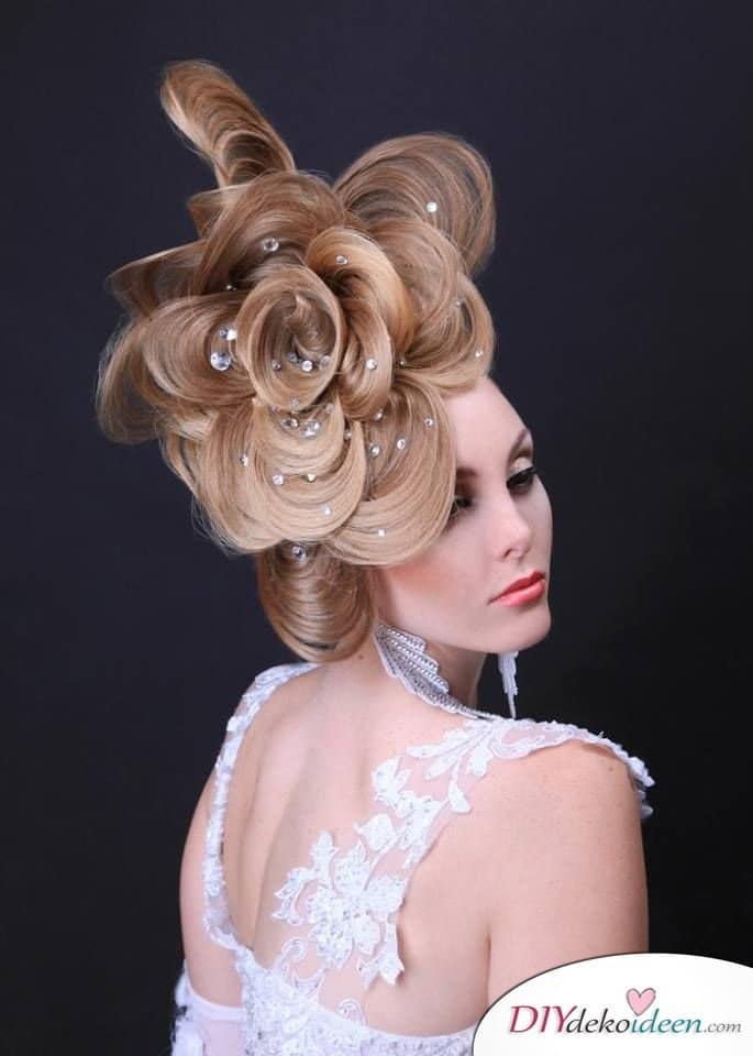 Haarverwandlungen - Unglaubliche Frisurentrends