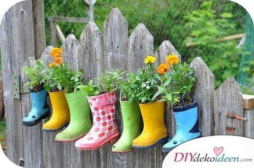 Gummistiefel Gartendekoidee – Gartendeko selber machen