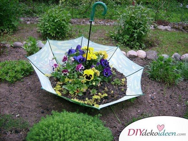 DIY Regenschirm Dekoidee – Gartendeko selber machen