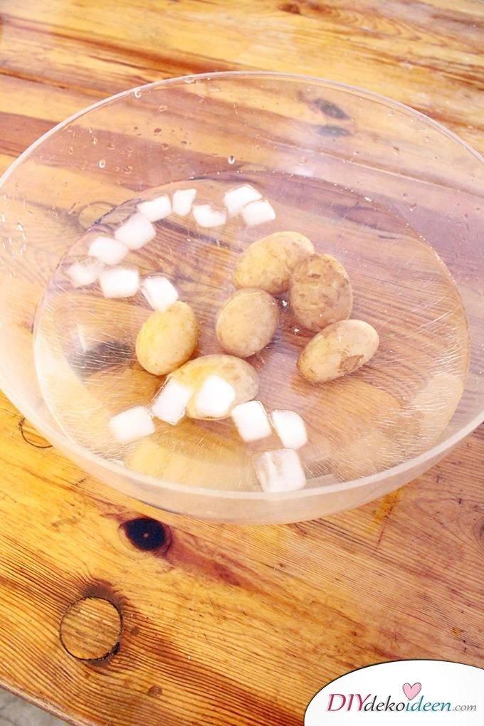 Haushaltstipps und Life-Hacks - Kartoffeln pellen