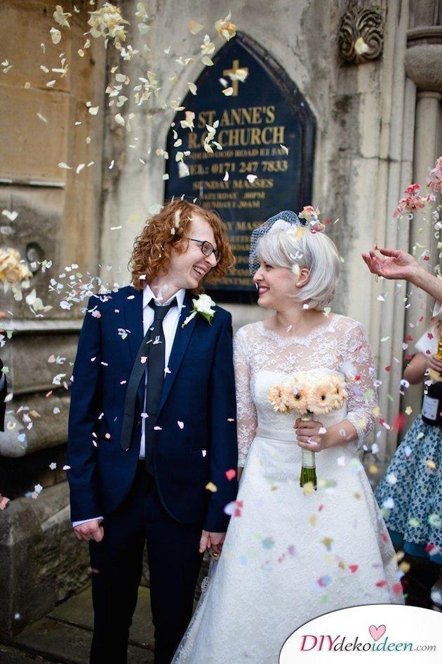 DIY Brautfrisuren für kurze Haare - Trendfarbe Silber