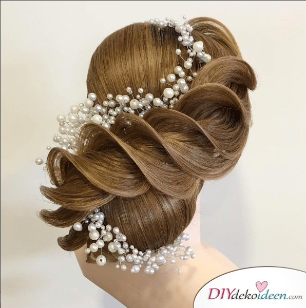 Haarverwandlungen – Brautfrisuren Trends