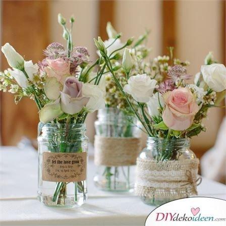 Hochzeitstischdeko Ideen - Süße Vasendekoration