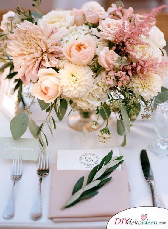 Hochzeitstischdeko Ideen - Romantische Hochzeitsdekoration