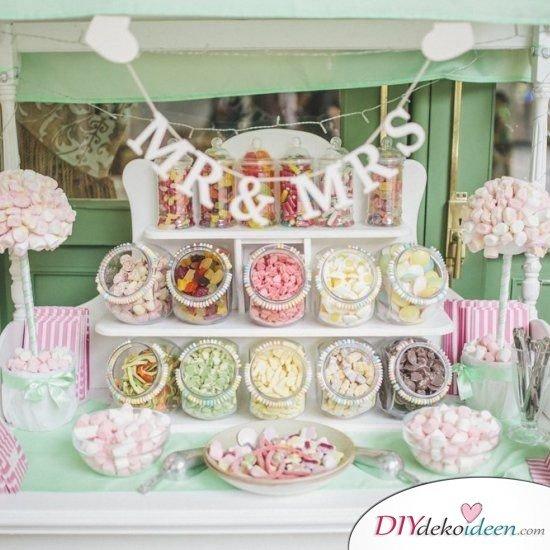 Hochzeitstischdeko Ideen - Süßigkeitenbüfett