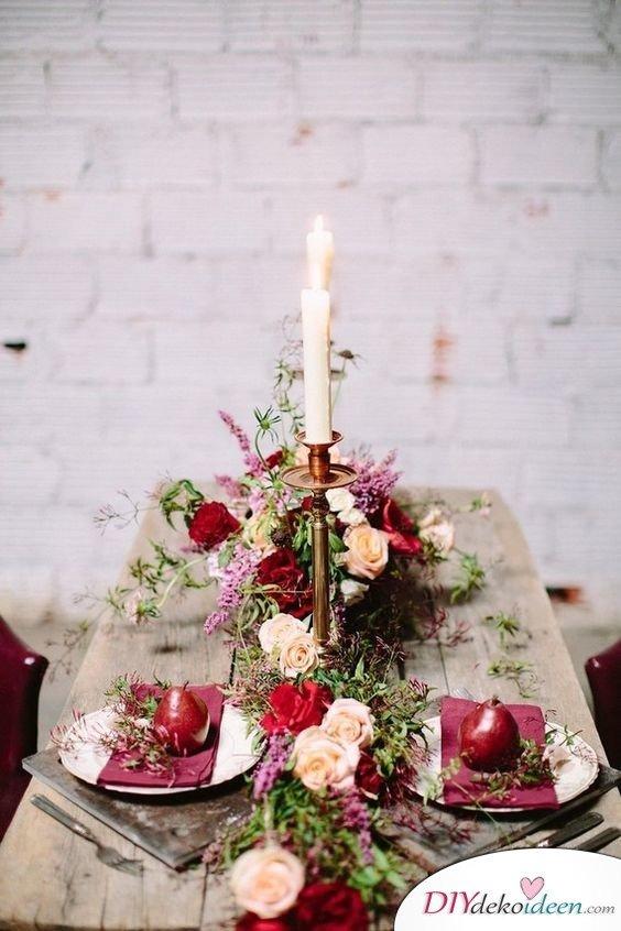 Hochzeitstischdeko Ideen - Romantische Rosendeko