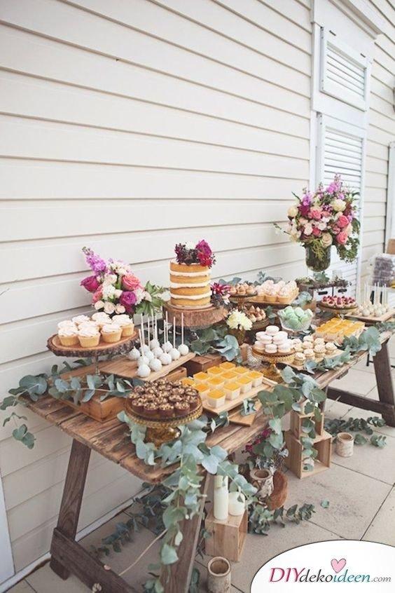 Hochzeitstischdeko Ideen - Kuchenbüfett