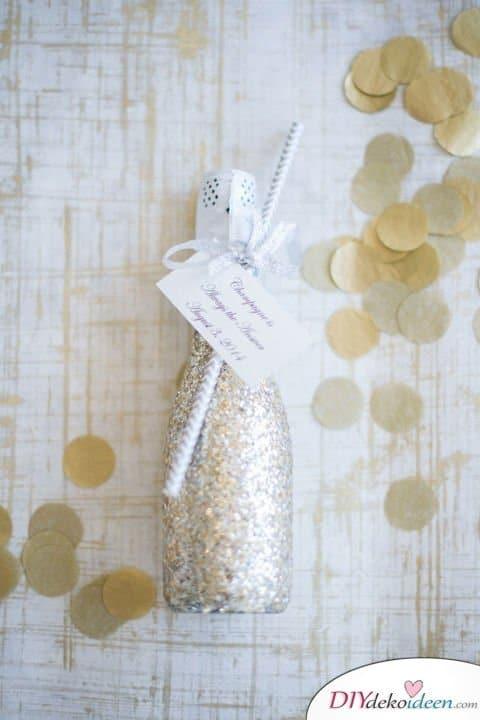 DIY Hochzeitsdekoration Bastelideen - Glitzer-Champagner