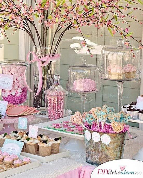 DIY Hochzeitsdekoration Bastelideen - Süßgkeiten-Büfett