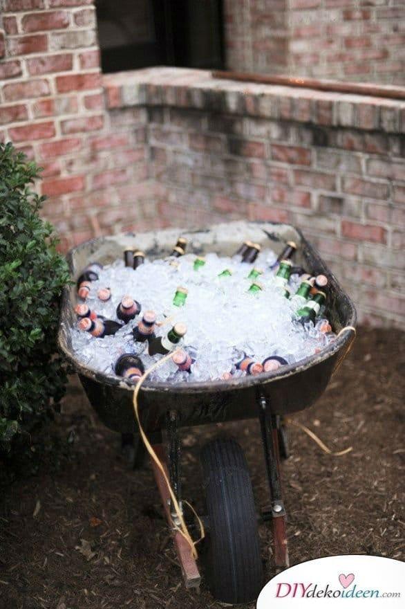 Garten Hochzeit - Idee Getränkebar