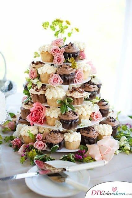 Garten Hochzeit - Hochzeitstorte Idee