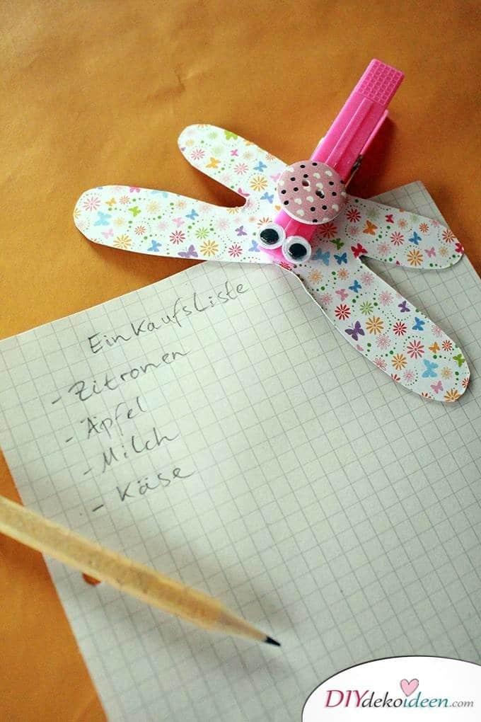 Basteln mit Kleinkindern – DIY Wäscheklammer-Libellen