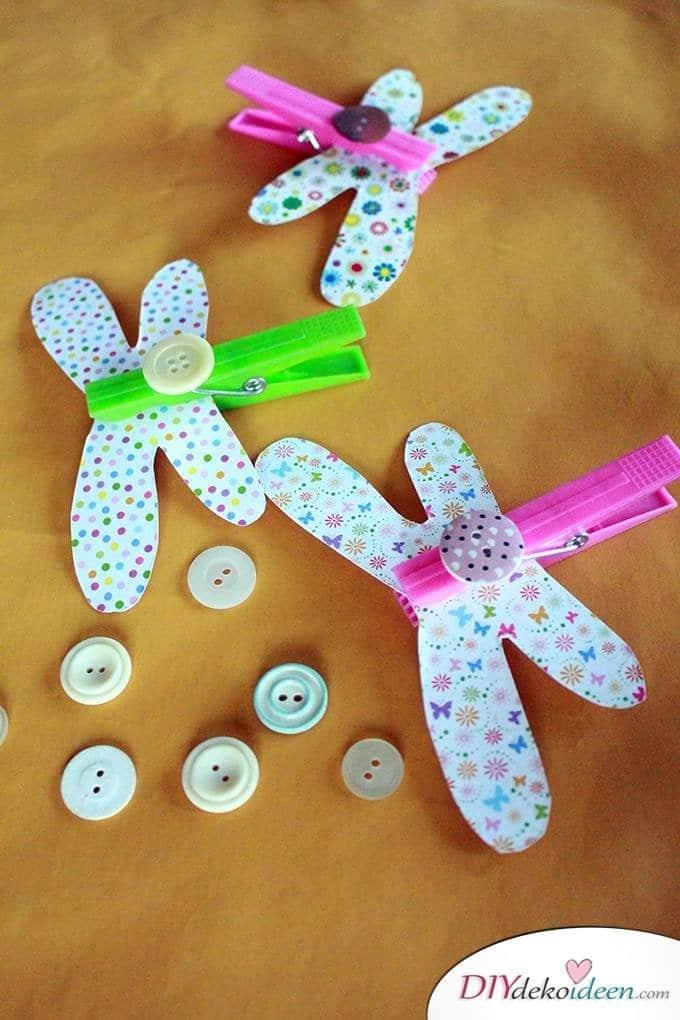 Basteln mit Kleinkindern – Basteln mit Knöpfen