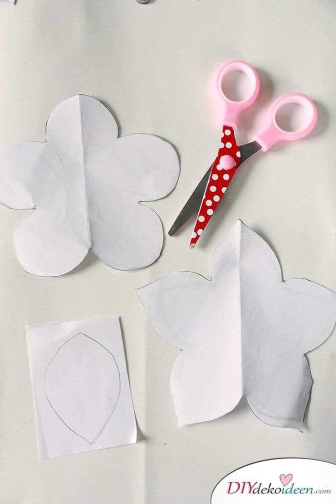 DIY Muttertagsgeschenk - Papierblumenstrauß Schablonen