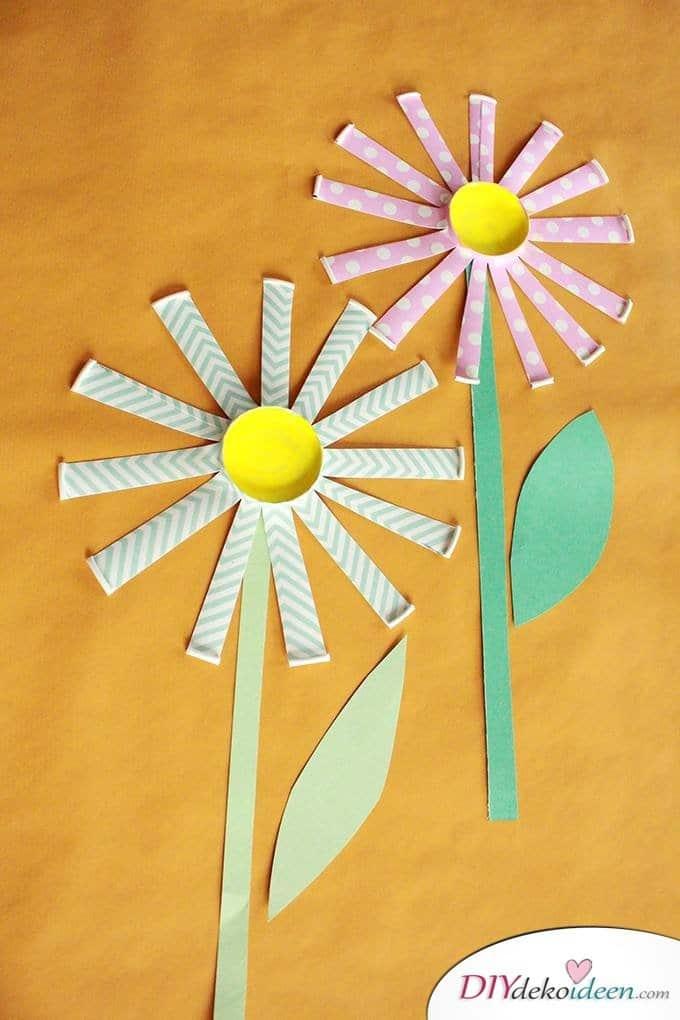 DIY Pappbecherblumen - Basteln mit Kleinkindern