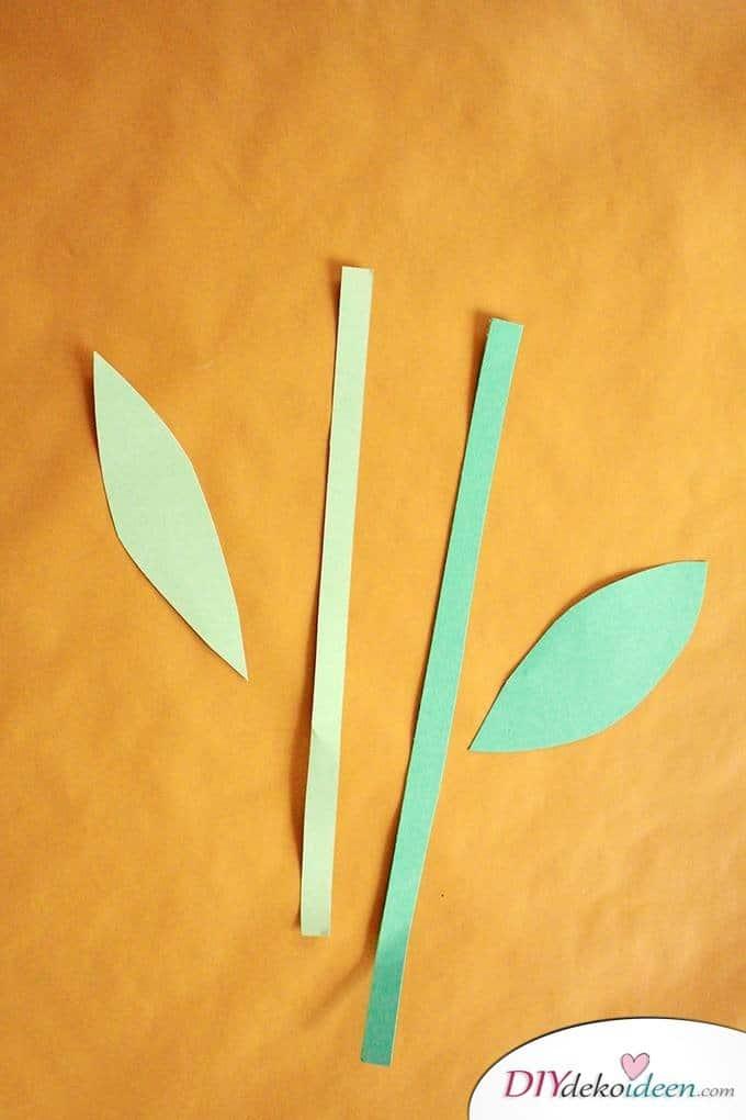 Basteln mit Kleinkindern - DIY Blumen aus Pappbechern