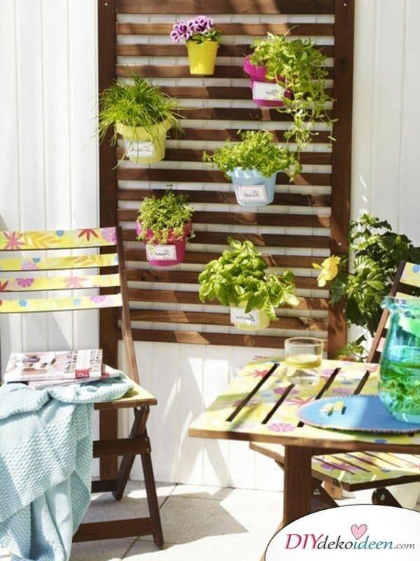 Balkon gestalten - DIY Dekoideen - vertikaler Garten