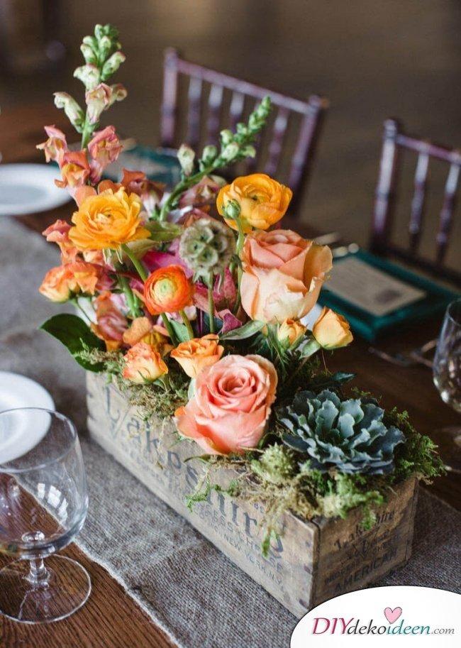 Sommertischdeko - Blumendeko für Gartenpartys